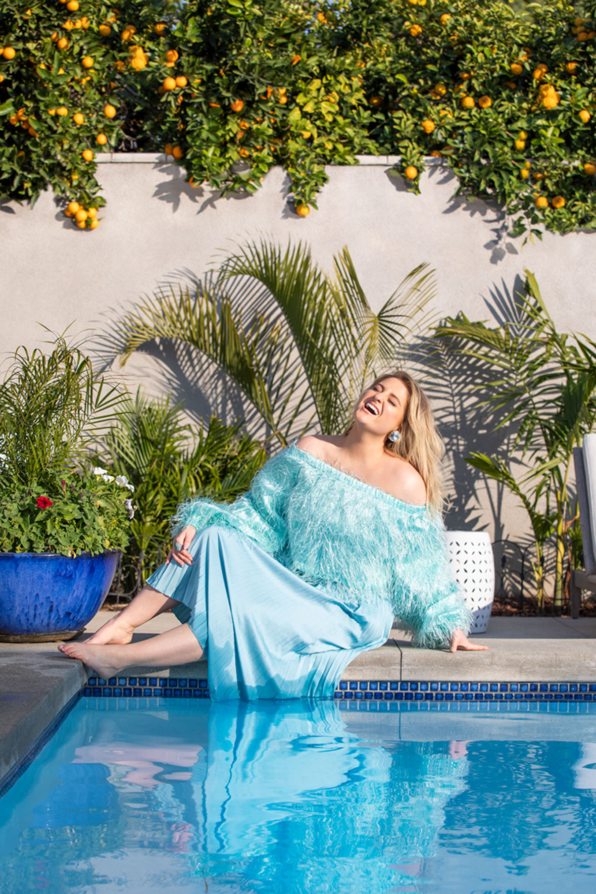 meghan-trainor_02-pool1_0687_rgb